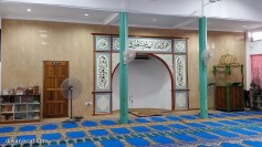 Hiasan khat / kaligrafi di mehrab Surau Madrasah Hidayatul Islamiah Lorong Mewah 14, Bandar Tun Razak 56000, Kuala Lumpur.